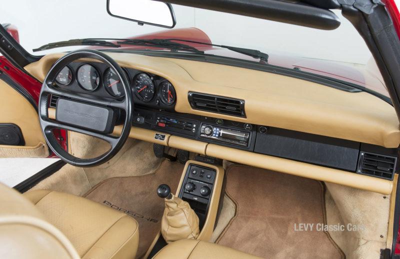 Porsche 911 Targa 61138_45