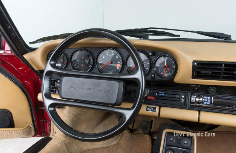 Porsche 911 Targa 61138_51