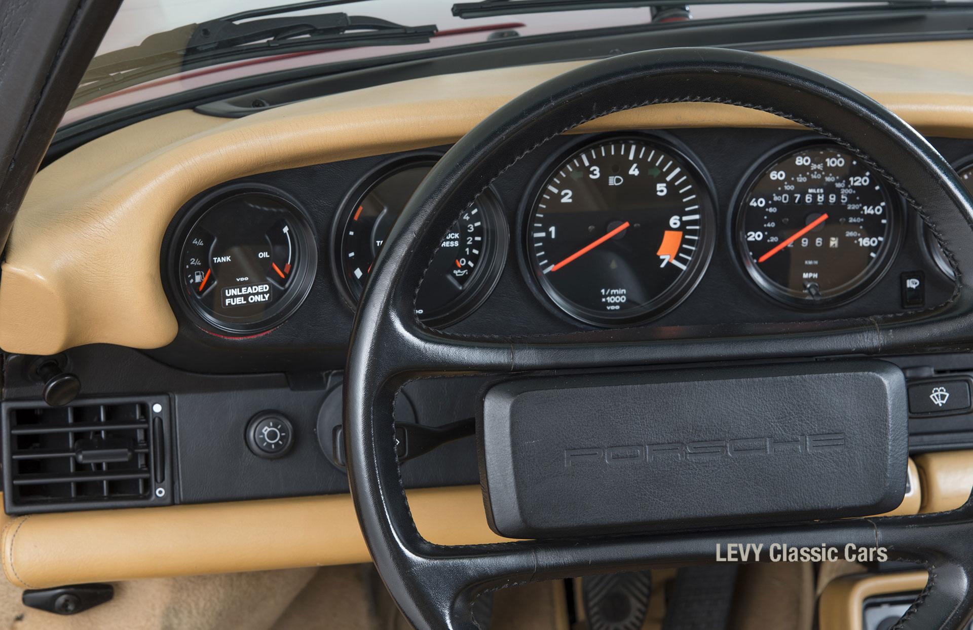 Porsche 911 Targa 61138_57