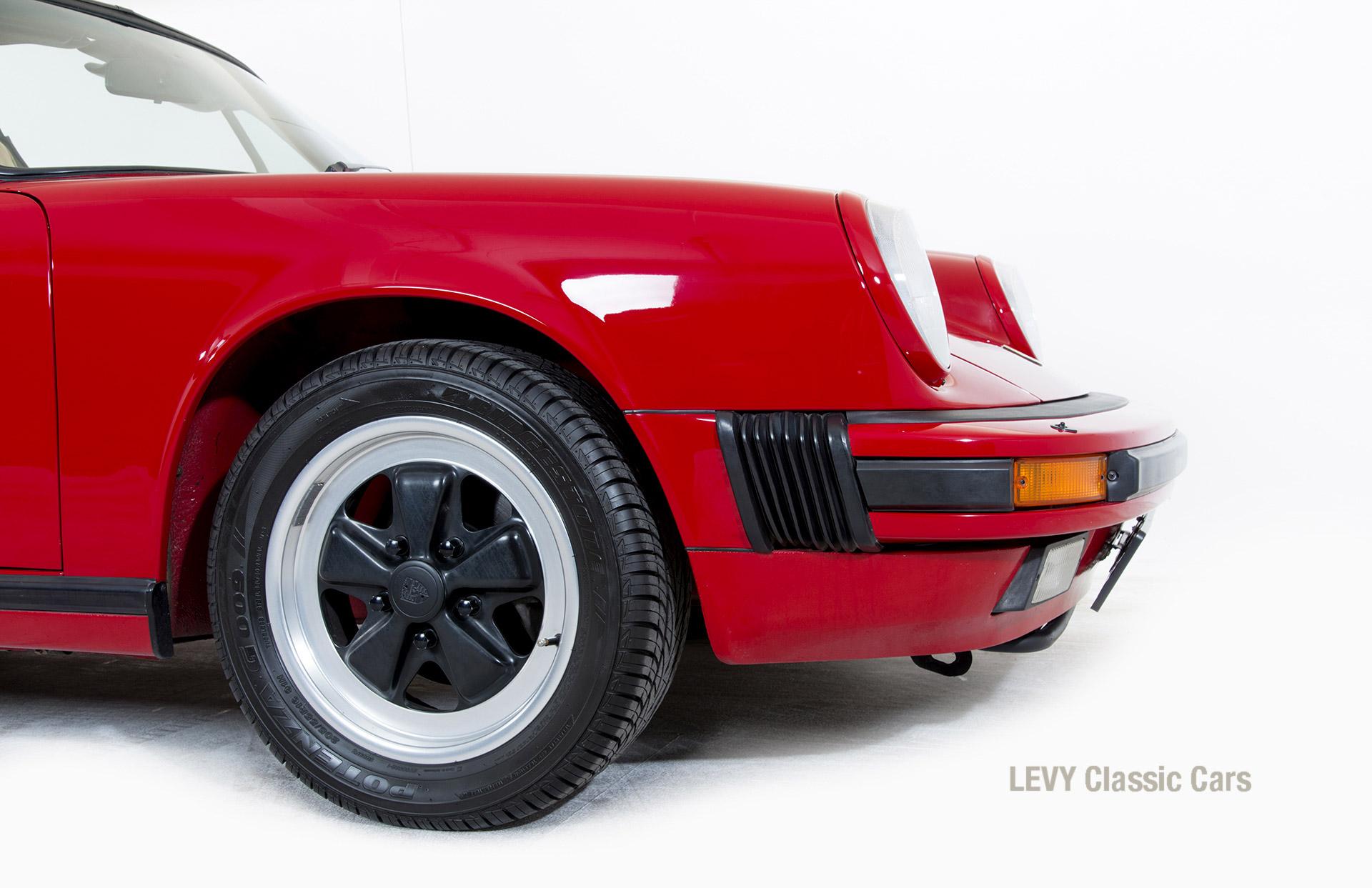 Porsche 911 Targa 61138_68