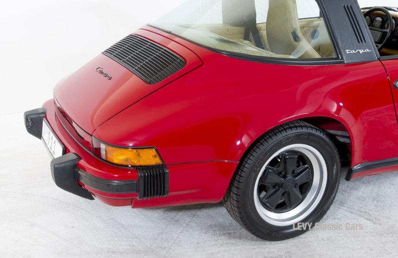 Porsche 911 Targa 61138_78