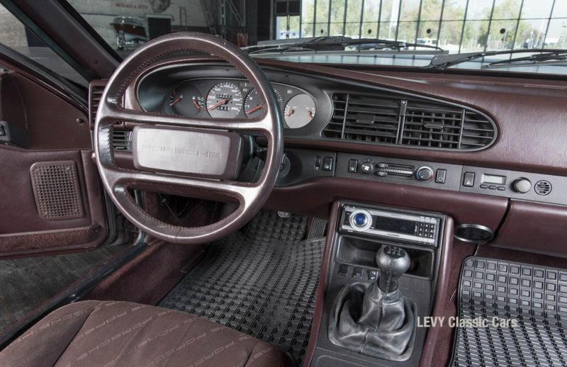 Porsche 944 400238 76