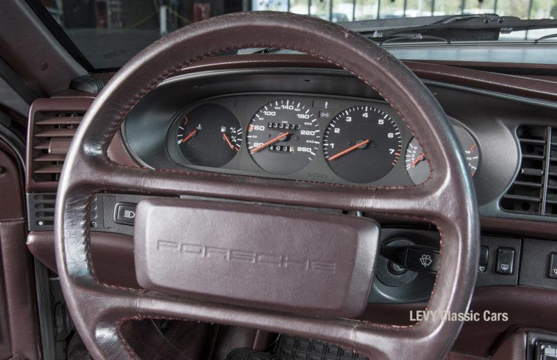 Porsche 944 400238 77