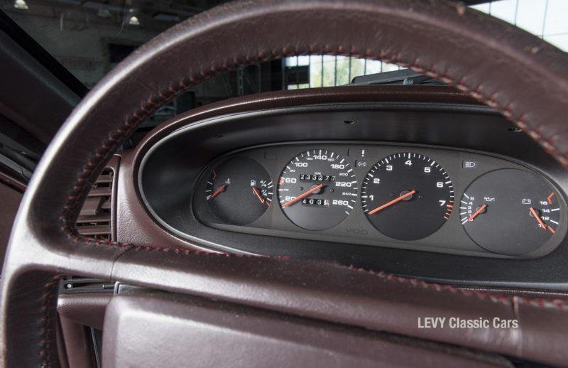 Porsche 944 400238 87