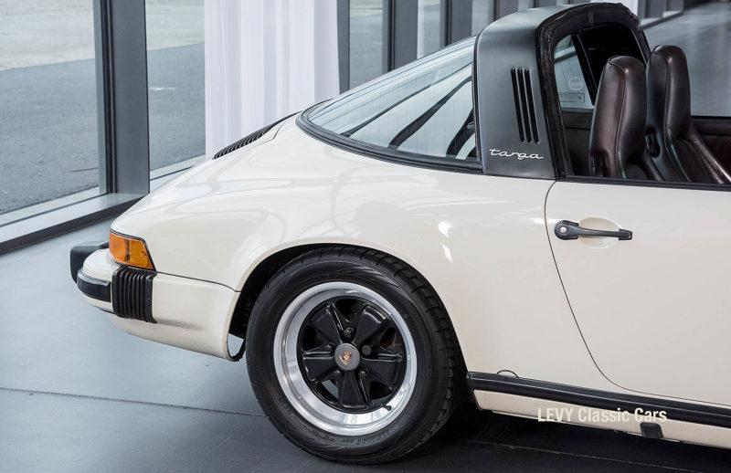 geschaerft Porsche Carrera Targa Altweiss 60575_13