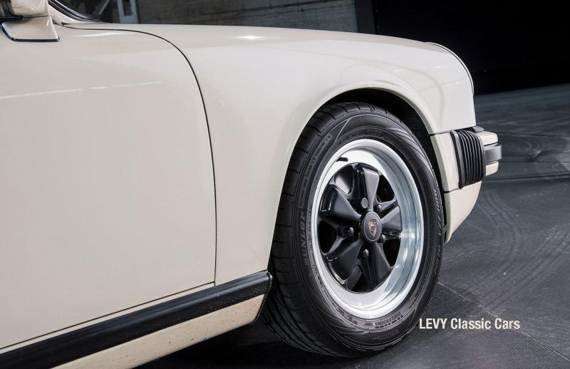 geschaerft Porsche Carrera Targa Altweiss 60575_23