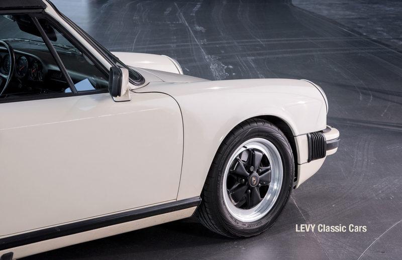 geschaerft Porsche Carrera Targa Altweiss 60575_31