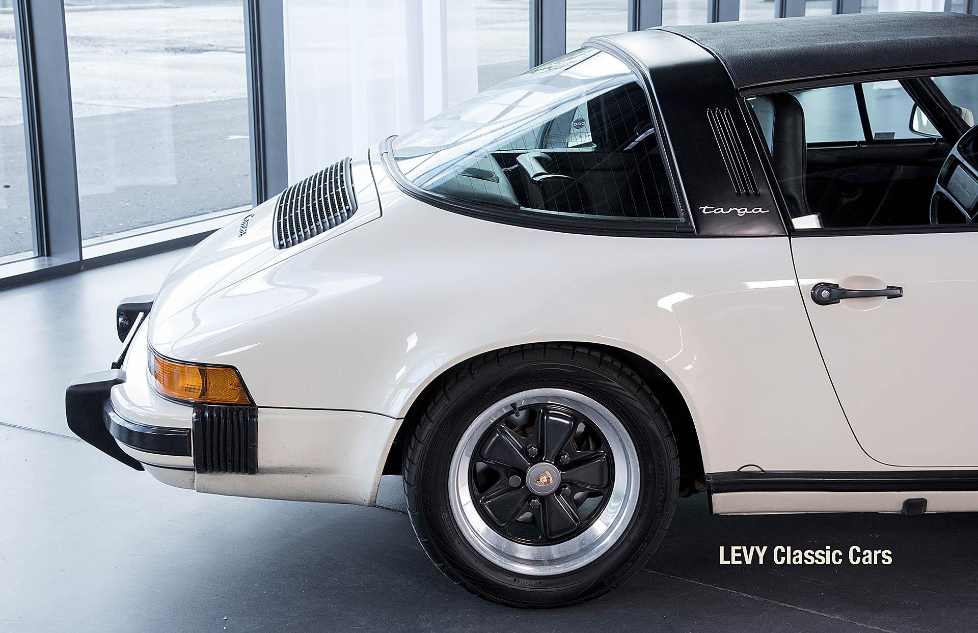 geschaerft Porsche Carrera Targa Altweiss 60575_32