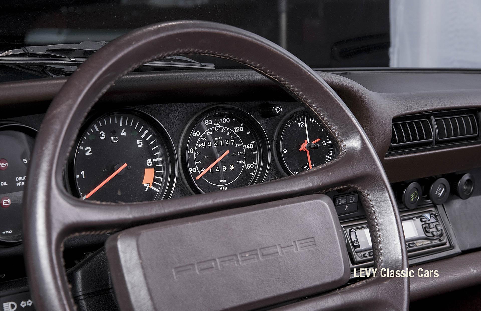 geschaerft Porsche Carrera Targa Altweiss 60575_49