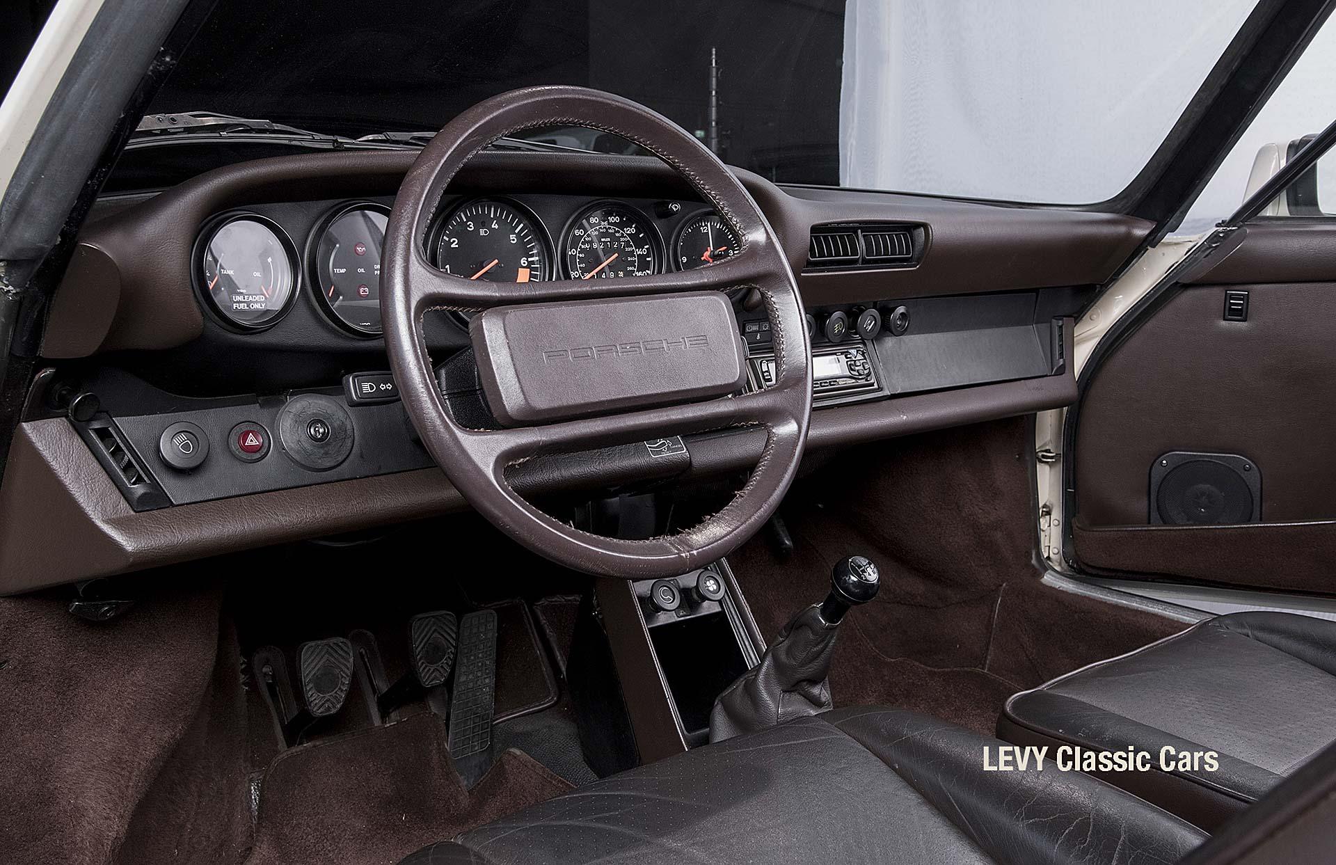 geschaerft Porsche Carrera Targa Altweiss 60575_50
