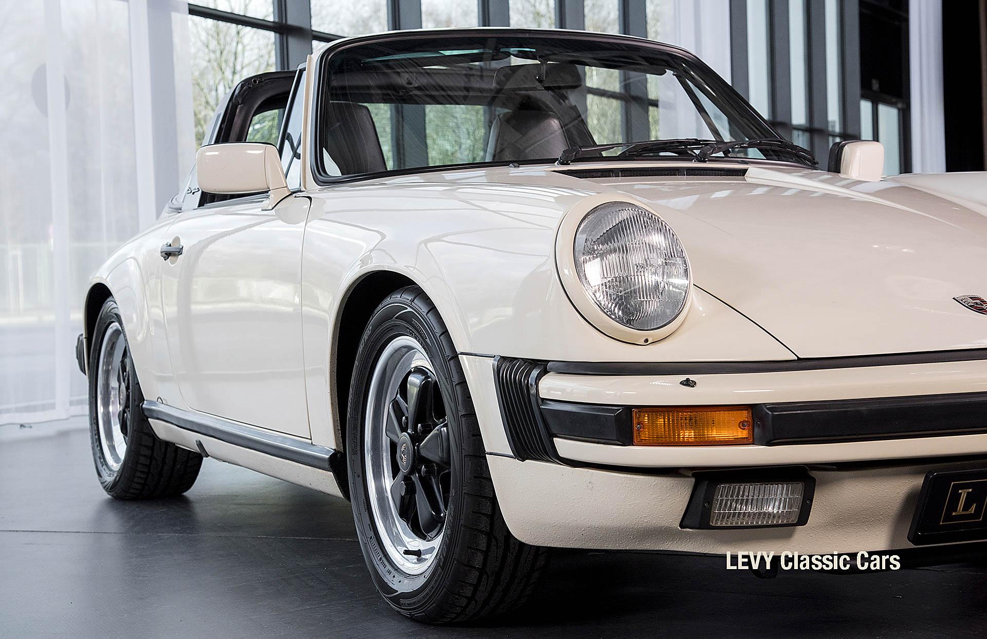 geschaerft Porsche Carrera Targa Altweiss 60575_6