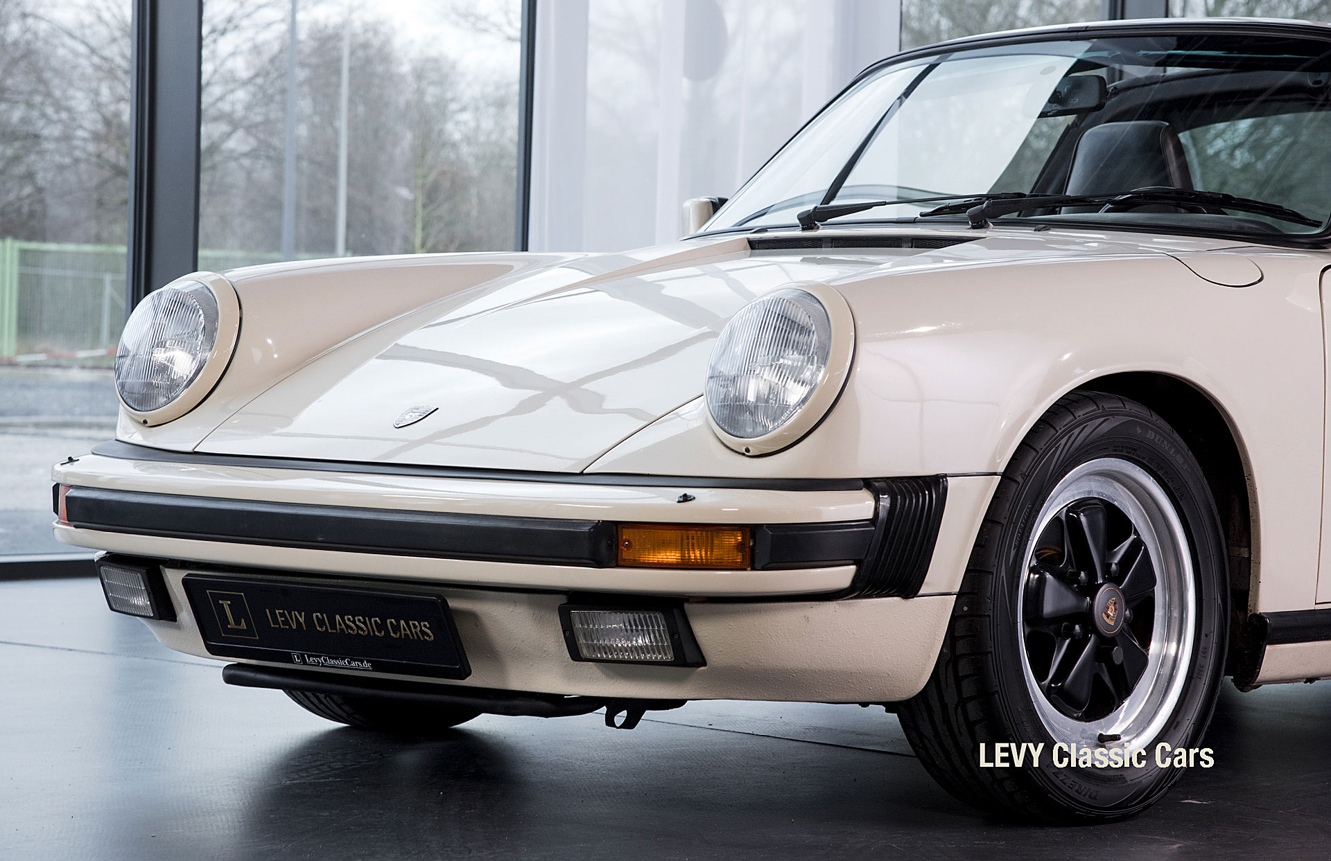 geschaerft Porsche Carrera Targa Altweiss 60575_68