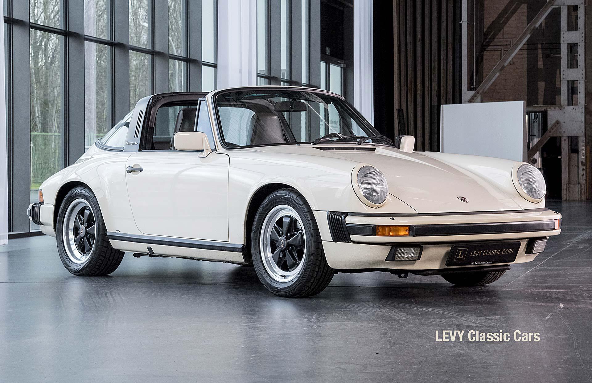 geschaerft Porsche Carrera Targa Altweiss 60575_9