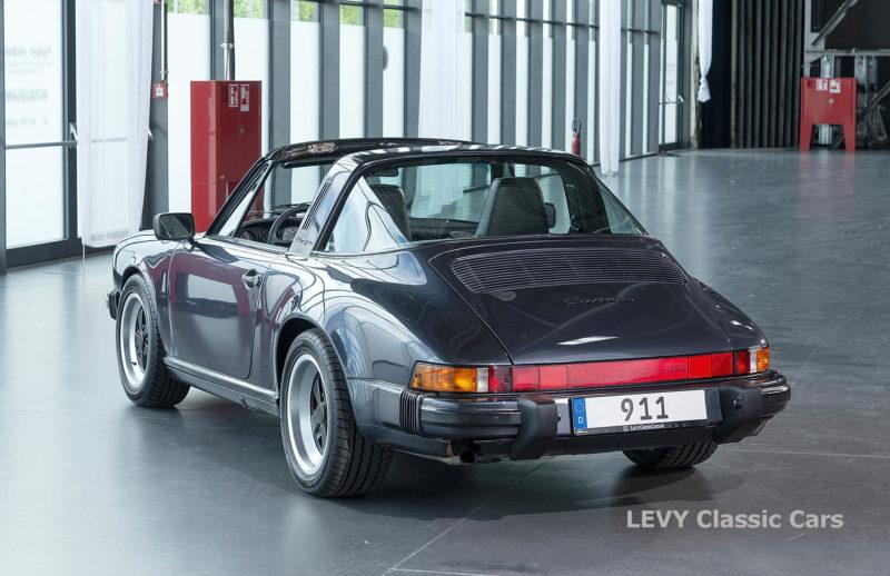 Porsche 911 Targa blau 61547 13