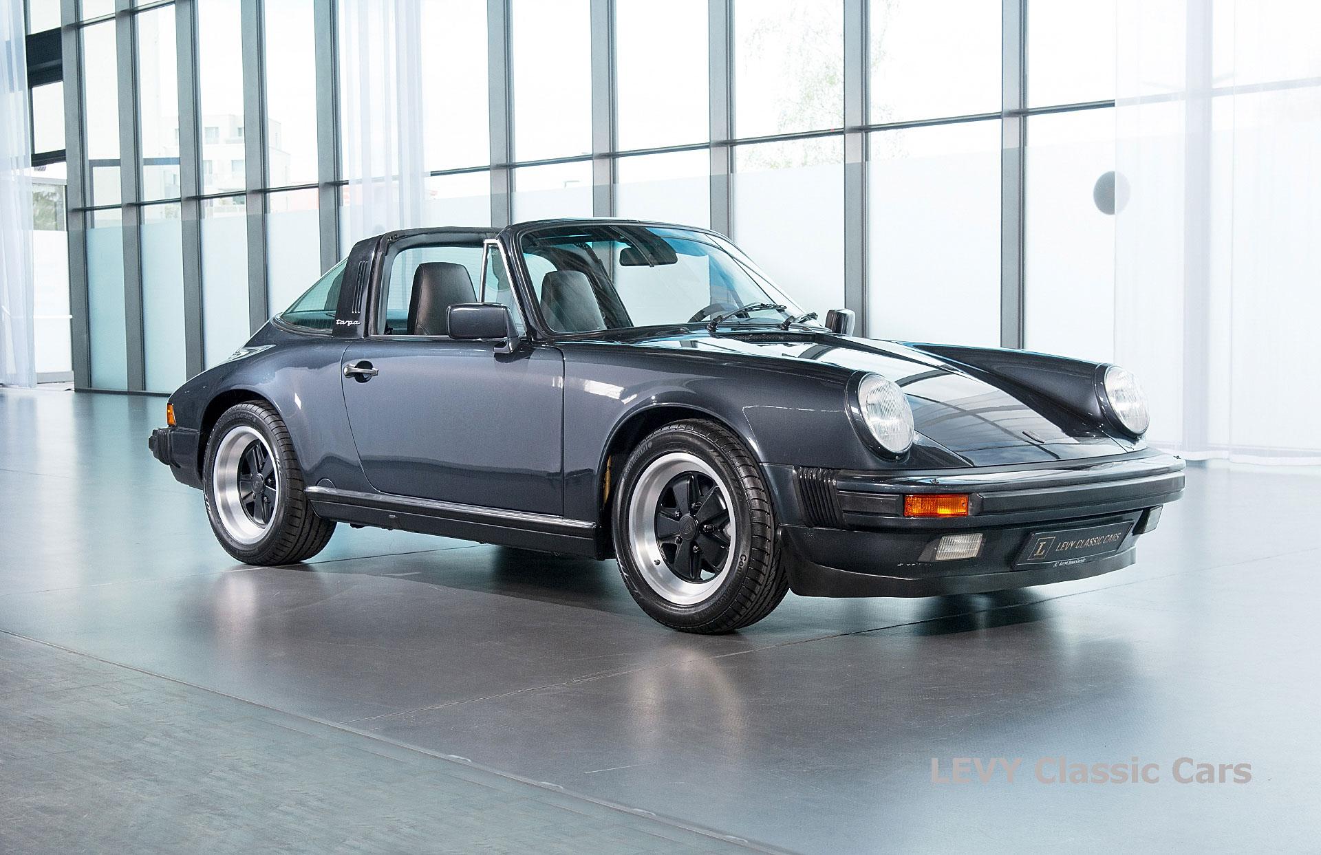 Porsche 911 Targa blau 61547 17