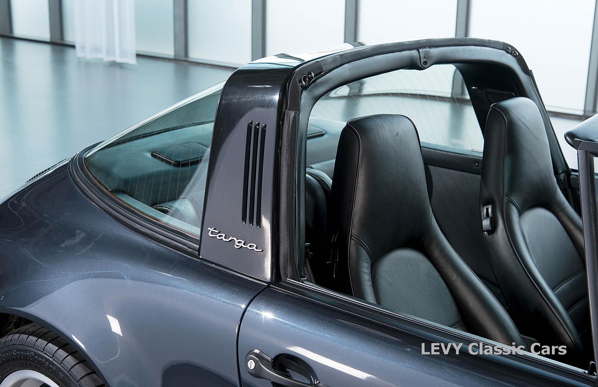 Porsche 911 Targa blau 61547 19