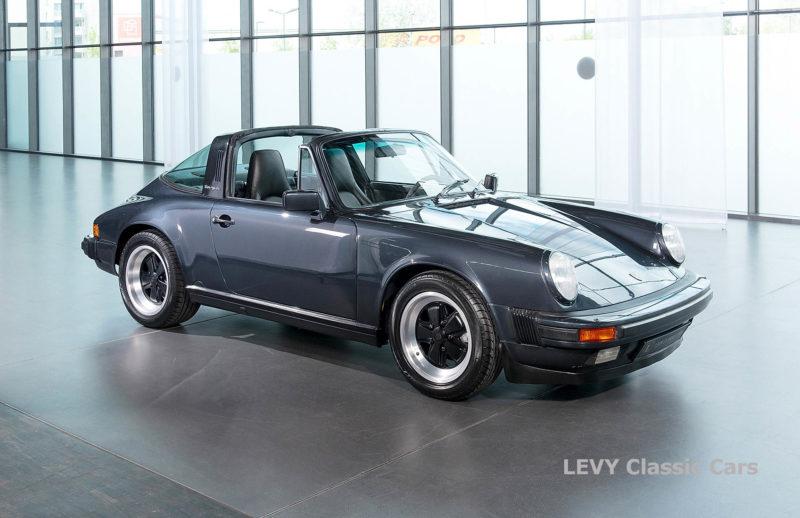 Porsche 911 Targa blau 61547 24