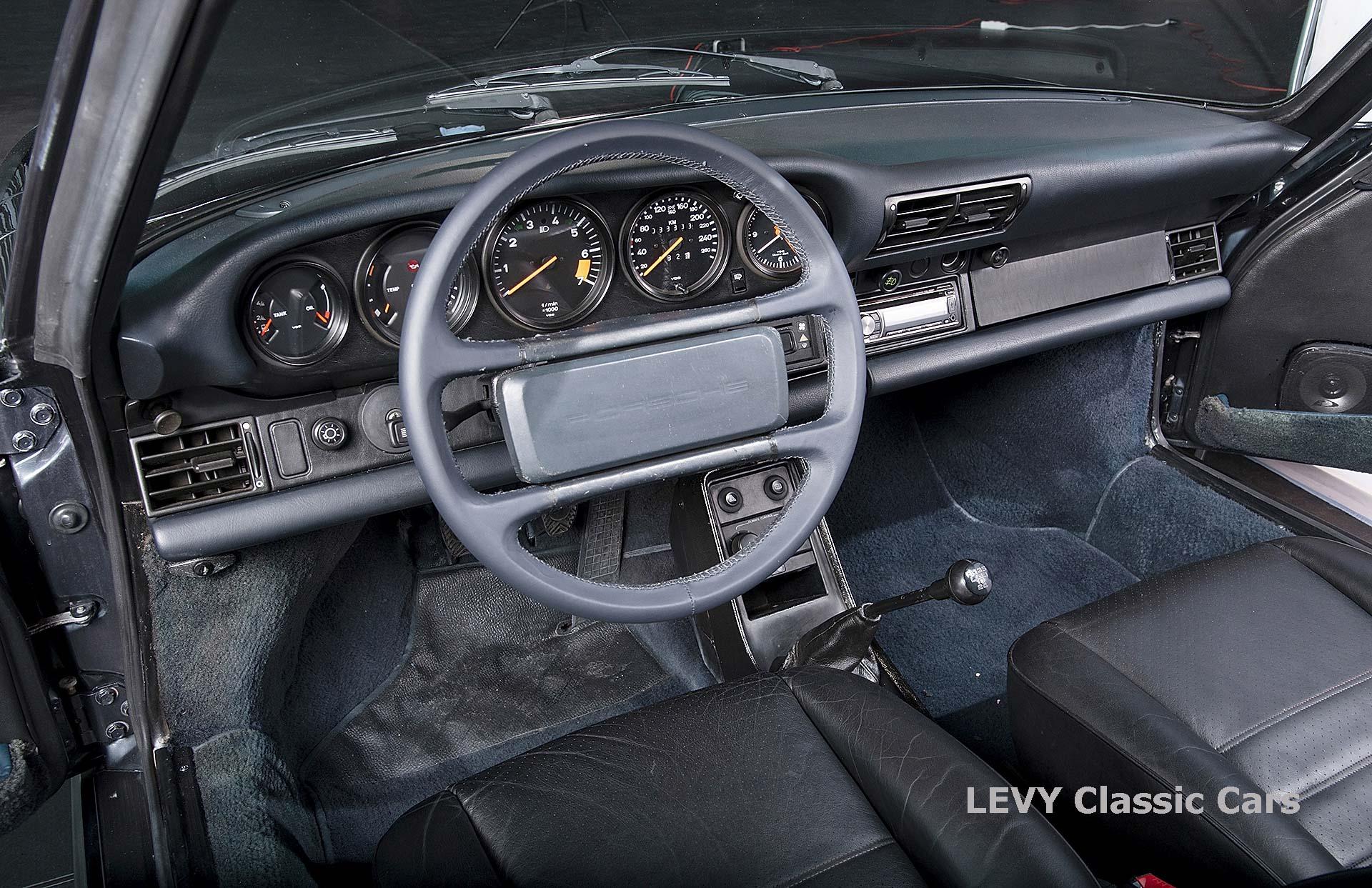 Porsche 911 Targa blau 61547 29