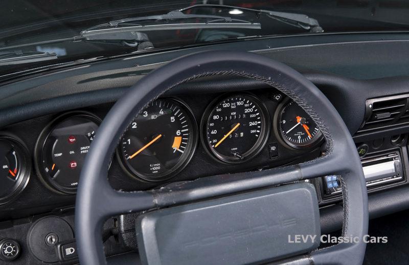 Porsche 911 Targa blau 61547 30