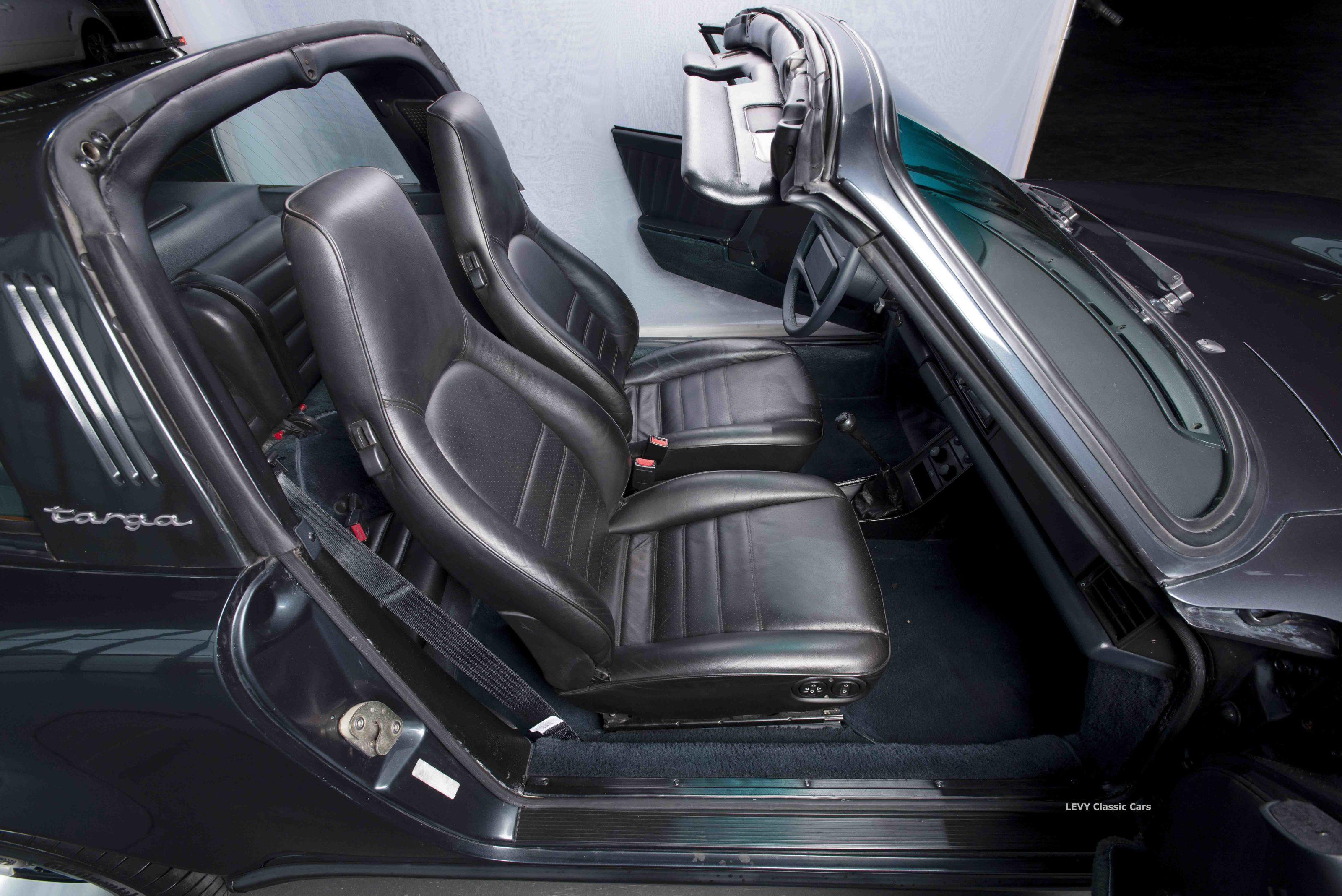 Porsche 911 Targa blau 61547 46