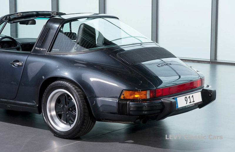 Porsche 911 Targa blau 61547 48