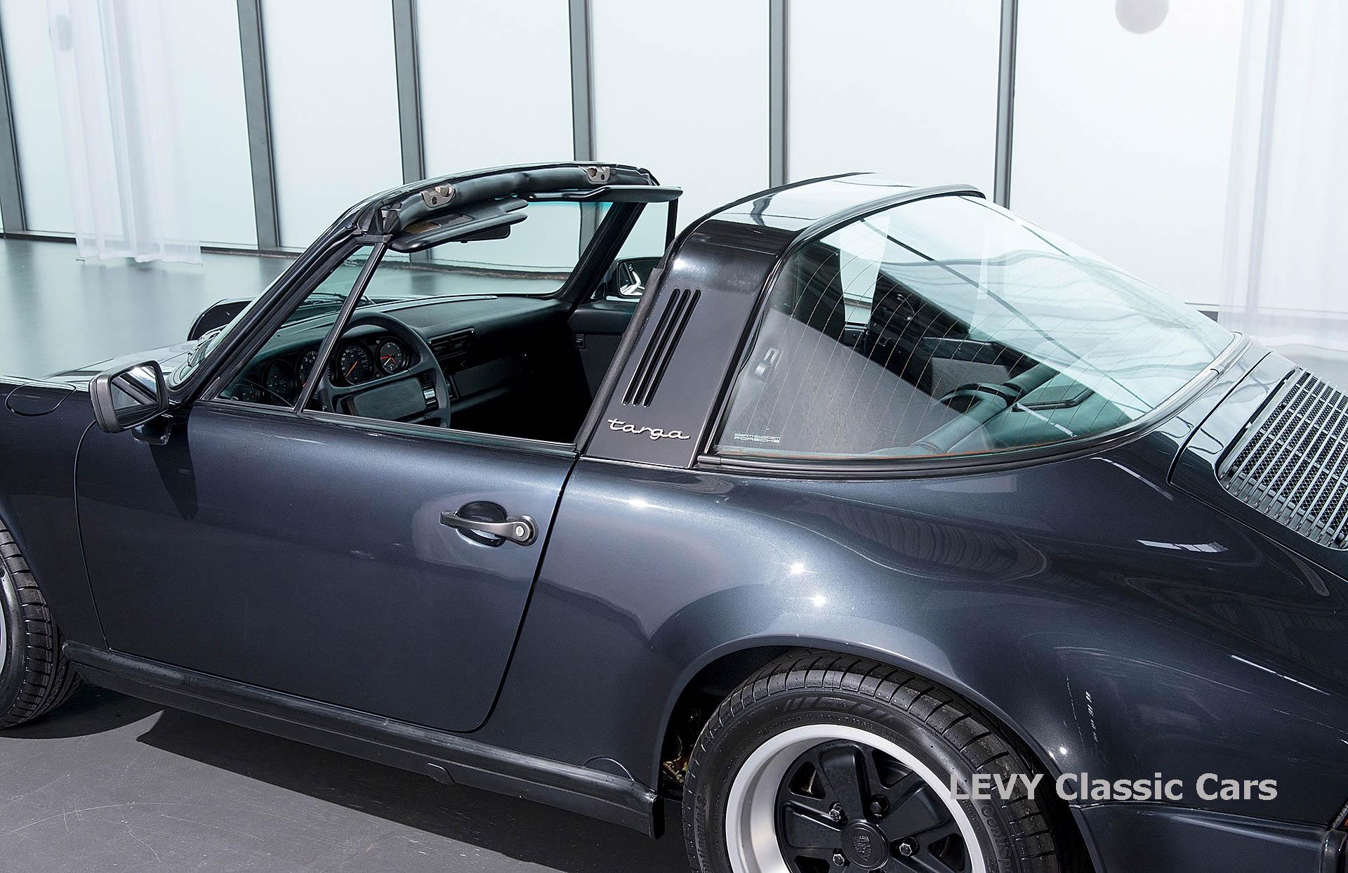 Porsche 911 Targa blau 61547 49