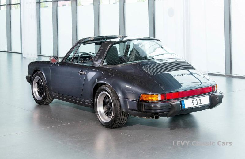 Porsche 911 Targa blau 61547 51