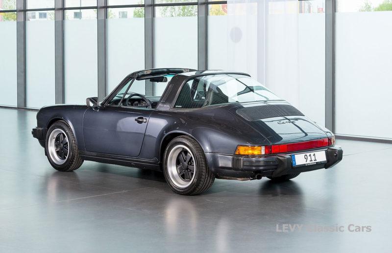 Porsche 911 Targa blau 61547 52