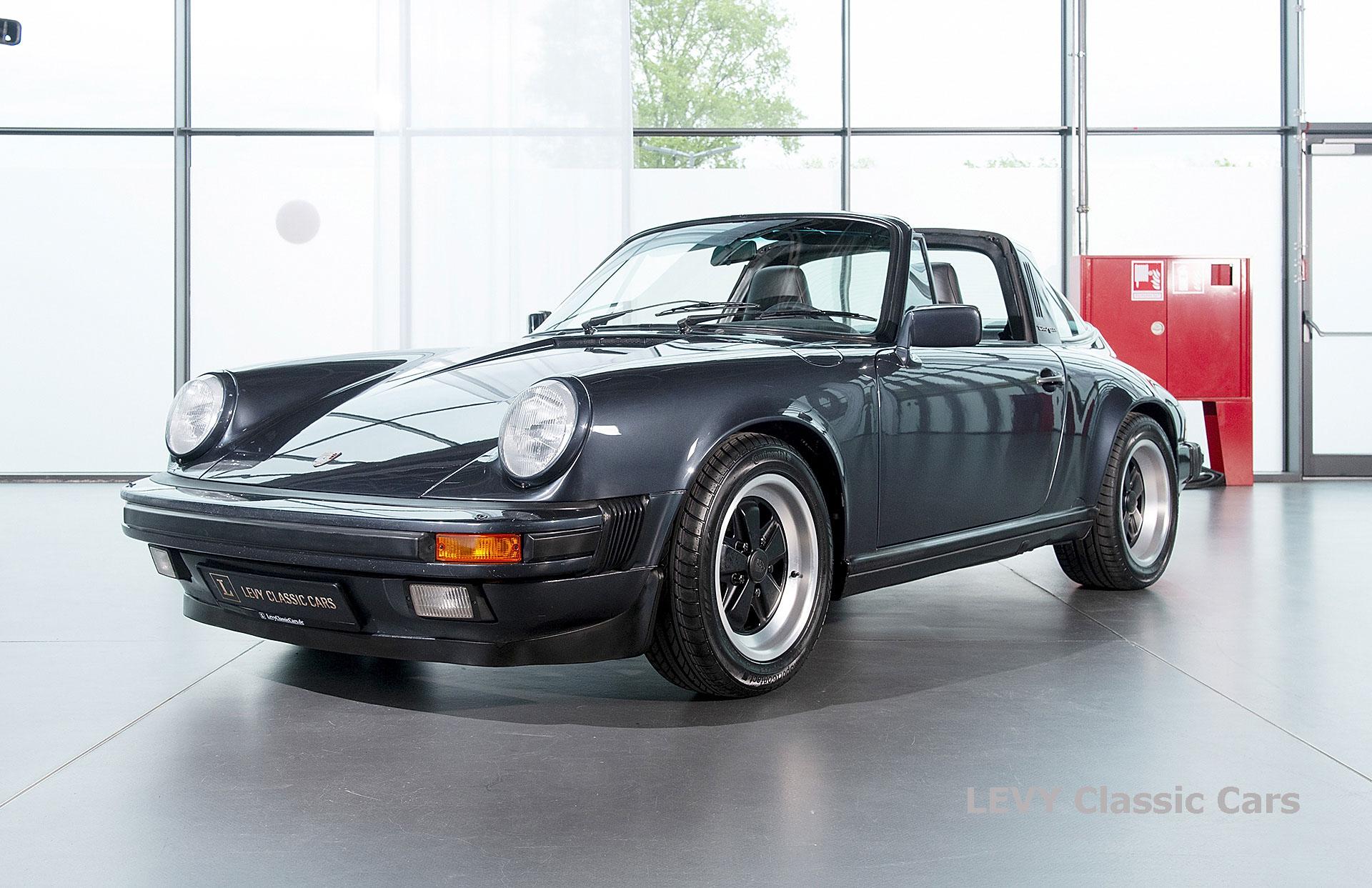 Porsche 911 Targa blau 61547 58
