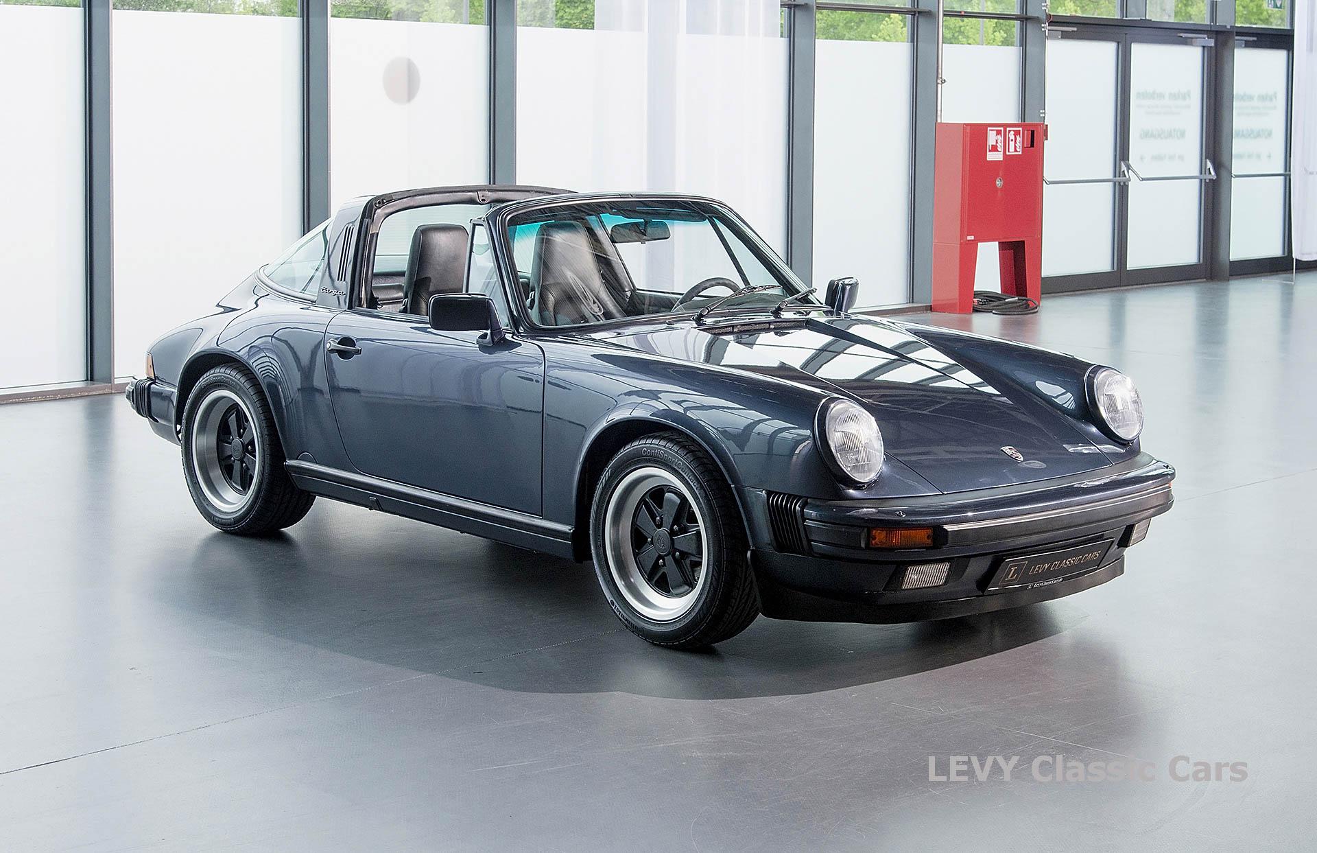 Porsche 911 Targa blau 61547 61