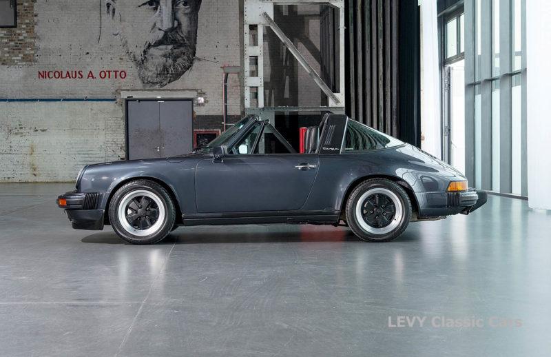 Porsche 911 Targa blau 61547 62