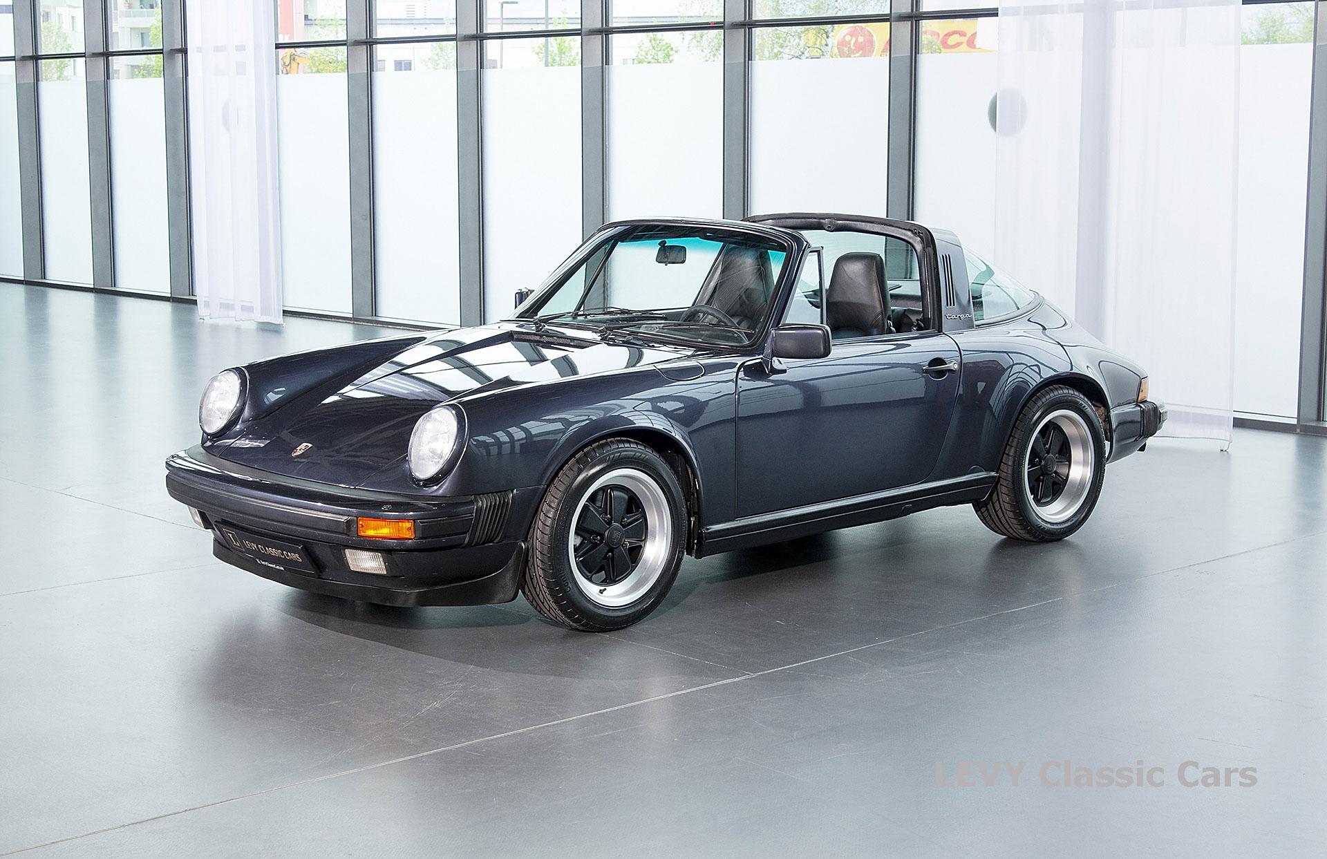 Porsche 911 Targa blau 61547 63