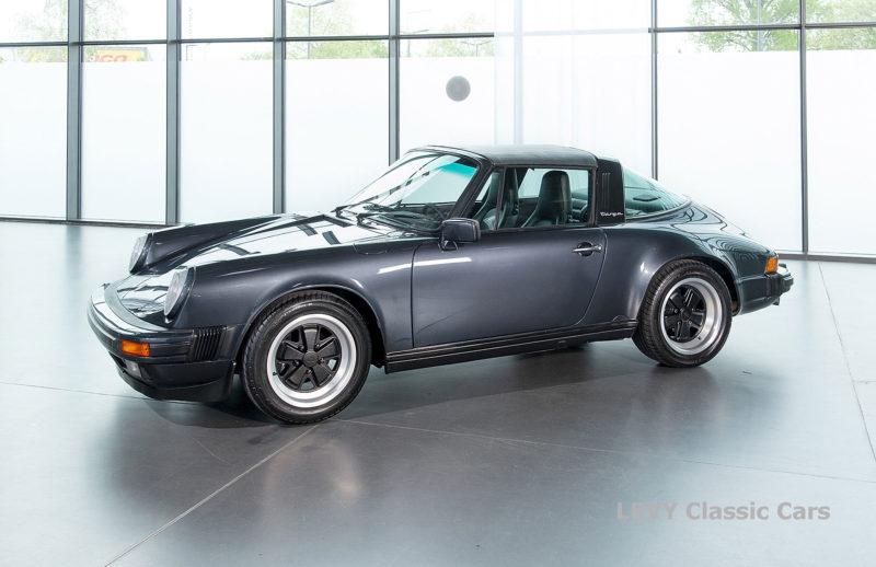 Porsche 911 Targa blau 61547 72