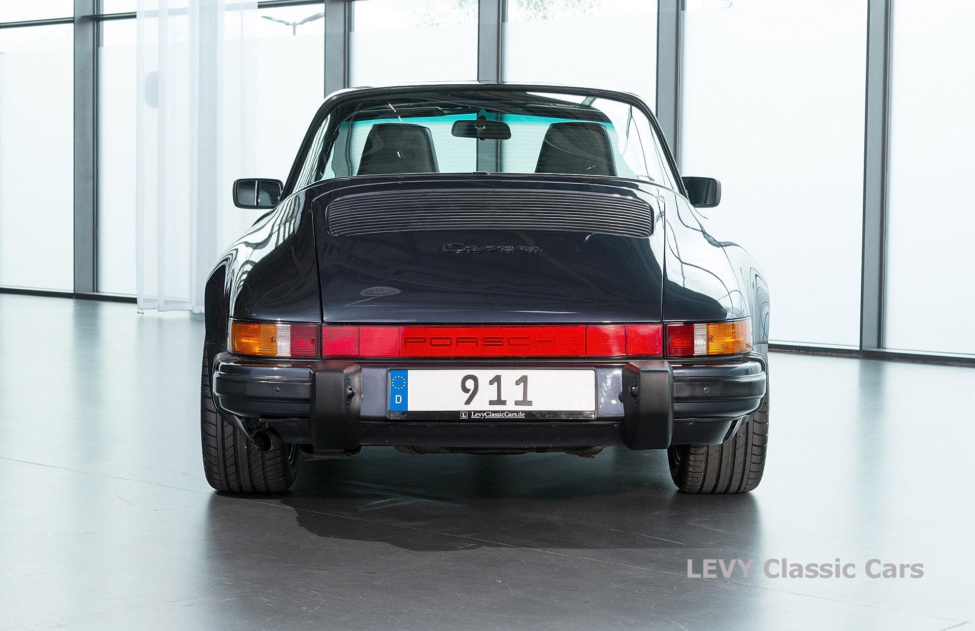 Porsche 911 Targa blau 61547 77