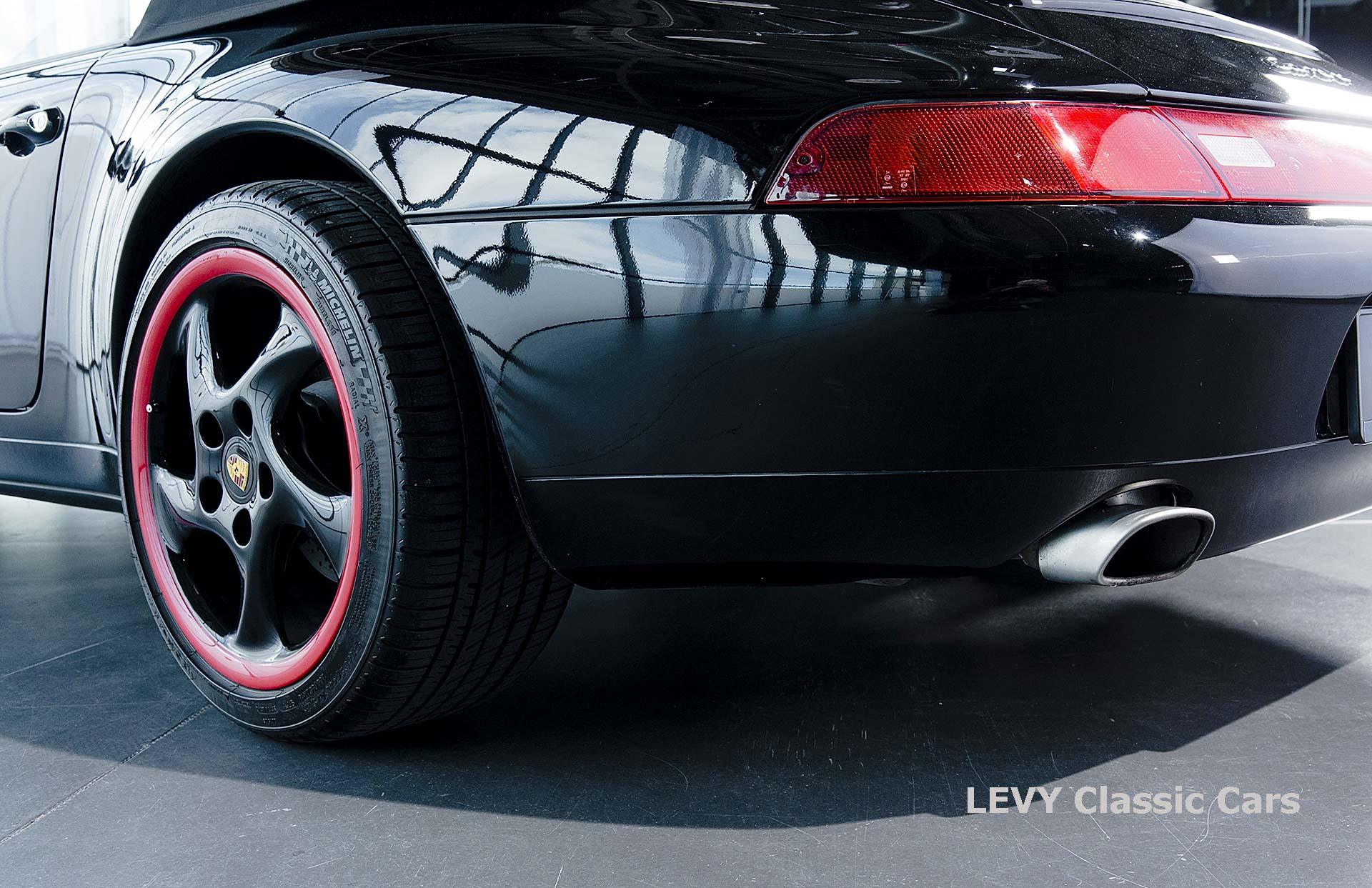 heller Porsche 993 schwarz 42065 013