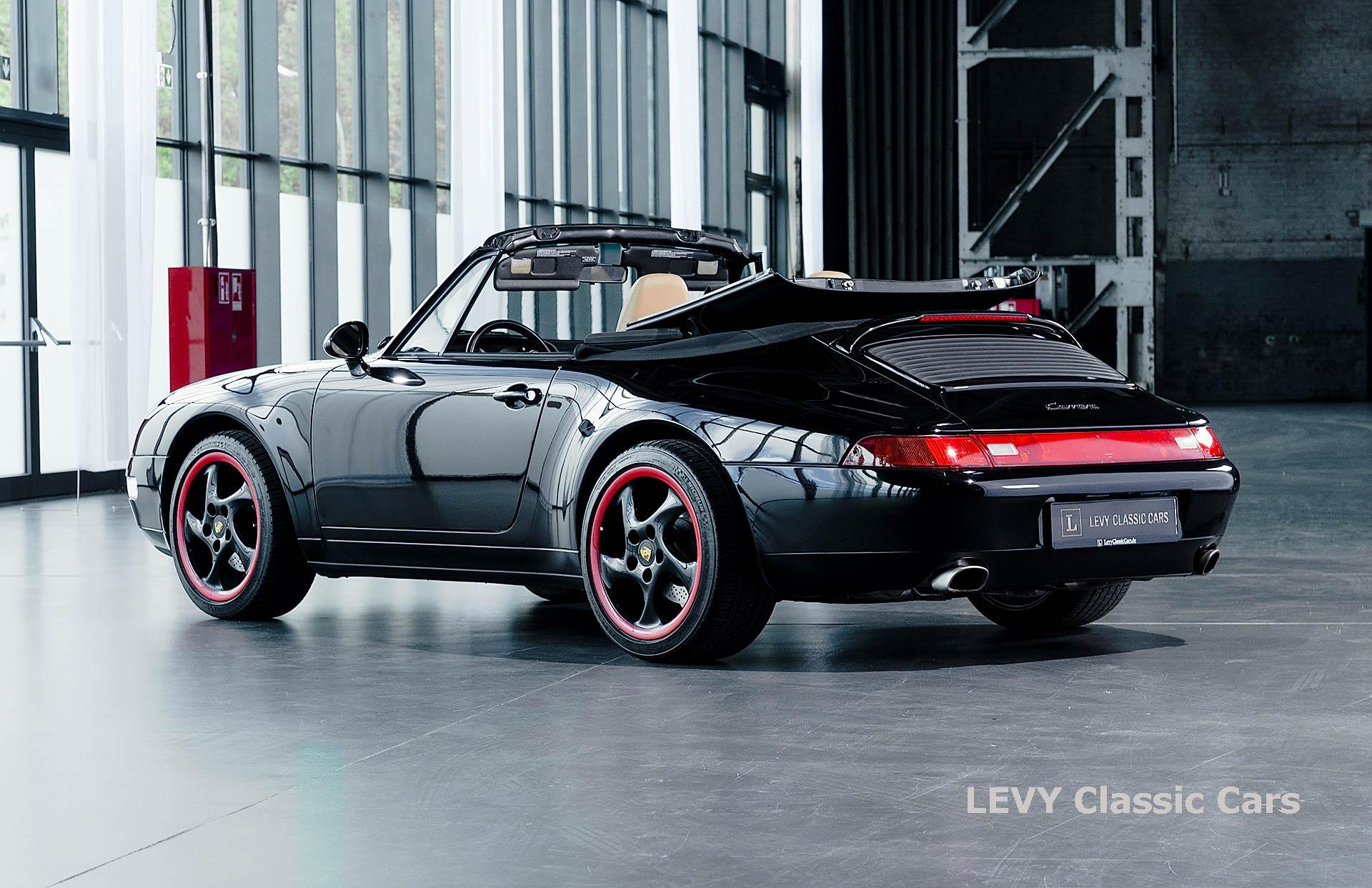 heller Porsche 993 schwarz 42065 017