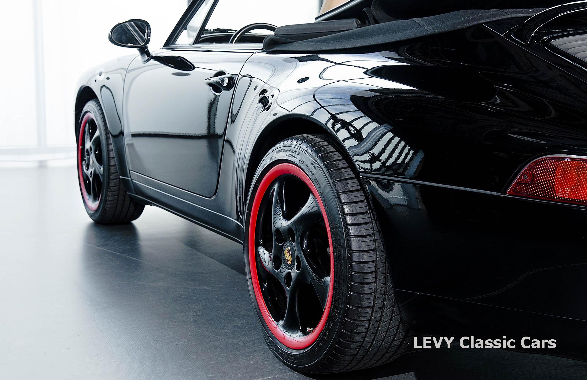 heller Porsche 993 schwarz 42065 025