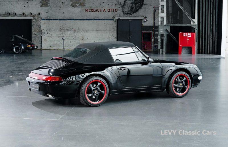 heller Porsche 993 schwarz 42065 031