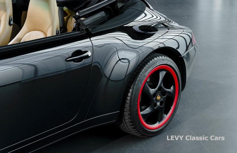 heller Porsche 993 schwarz 42065 052