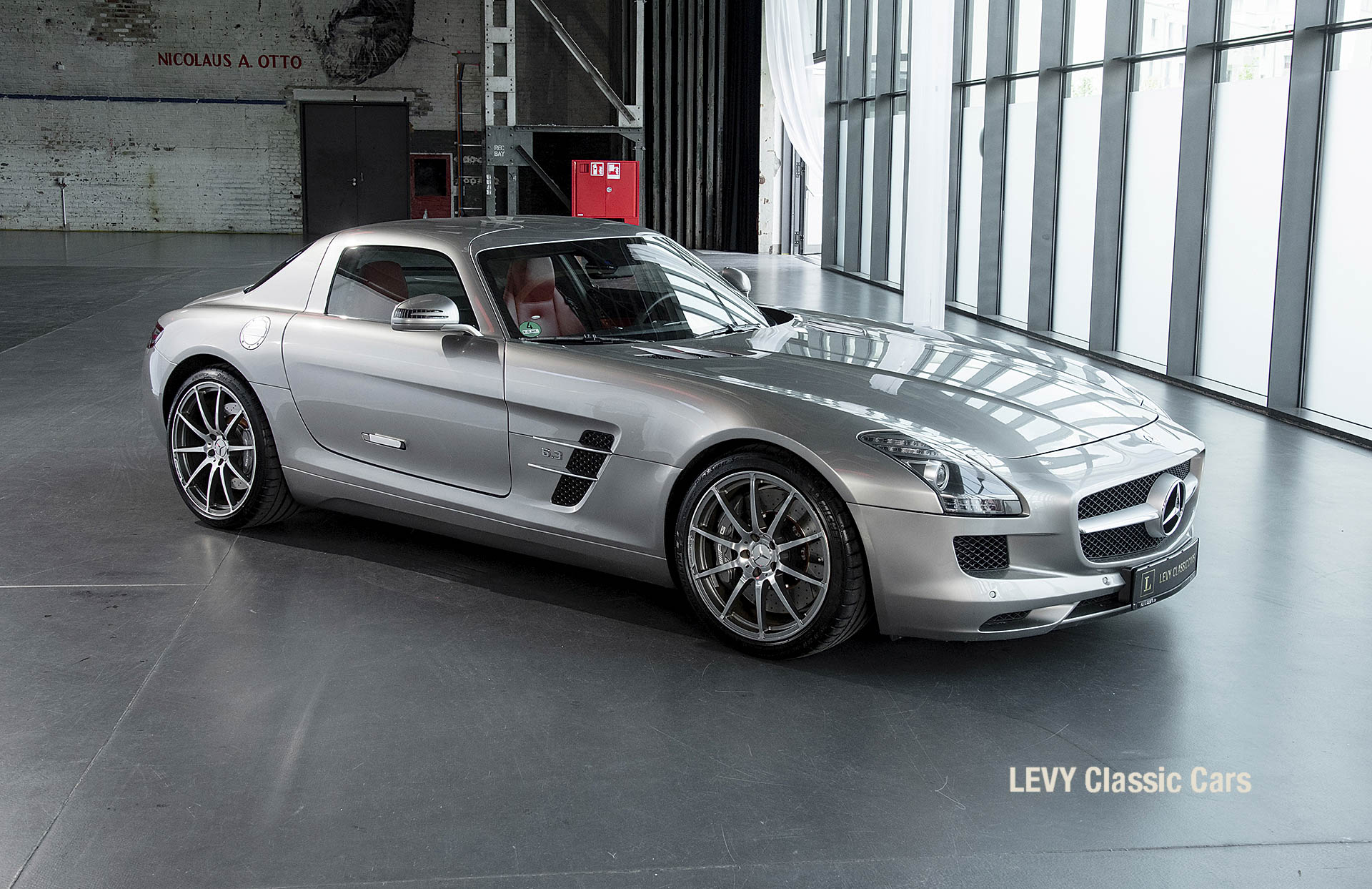MB SLS AMG 6,3 Coupe 05633 021