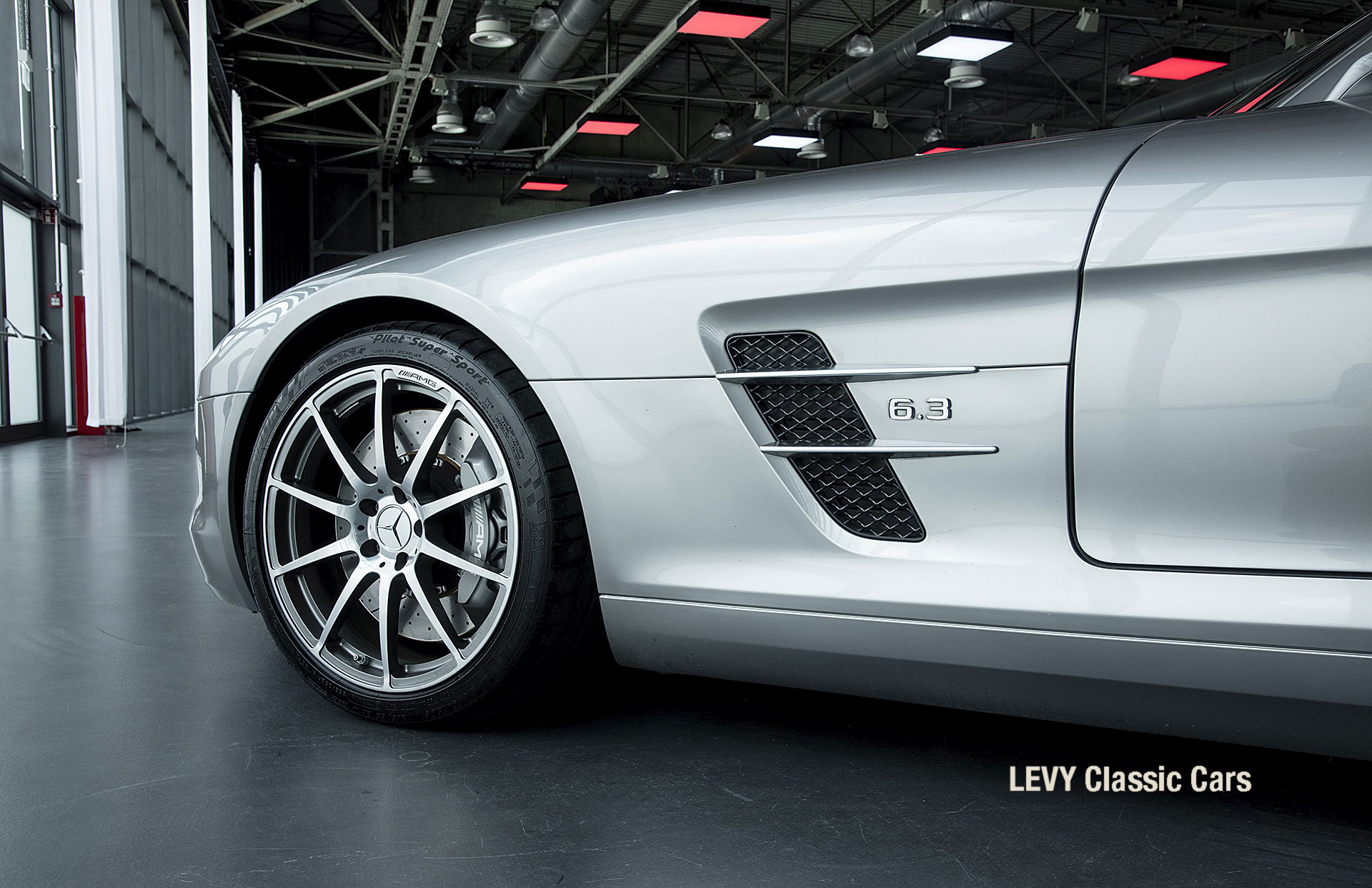 MB SLS AMG 6,3 Coupe 05633 035
