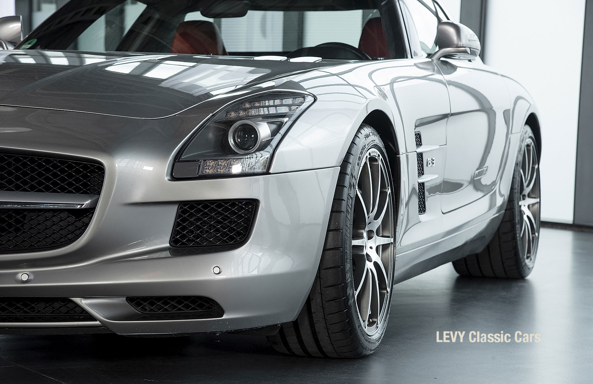 MB SLS AMG 6,3 Coupe 05633 072