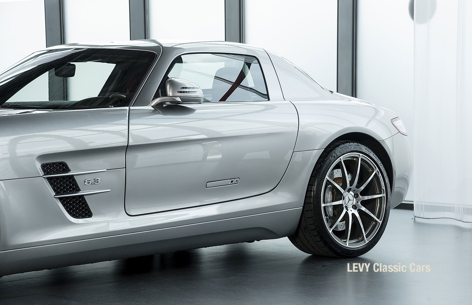 MB SLS AMG 6,3 Coupe 05633 091
