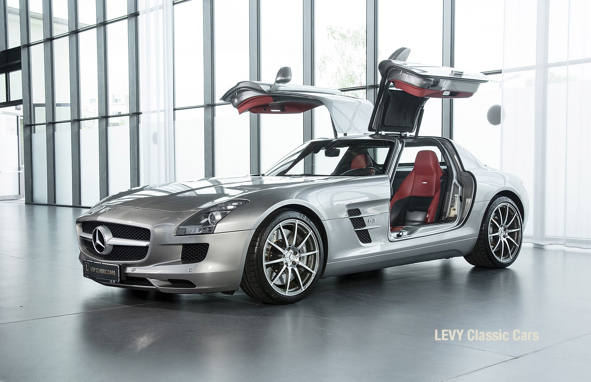 MB SLS AMG 6,3 Coupe 05633 095