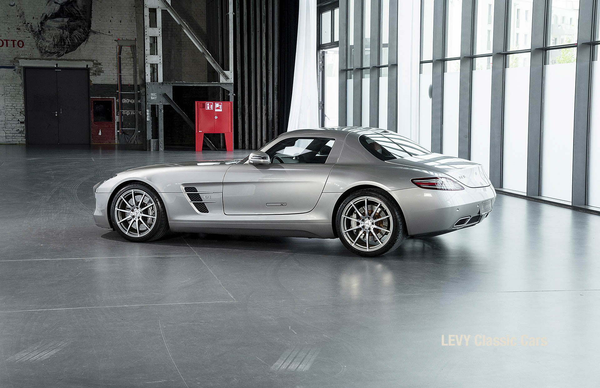MB SLS AMG 6,3 Coupe 05633 104