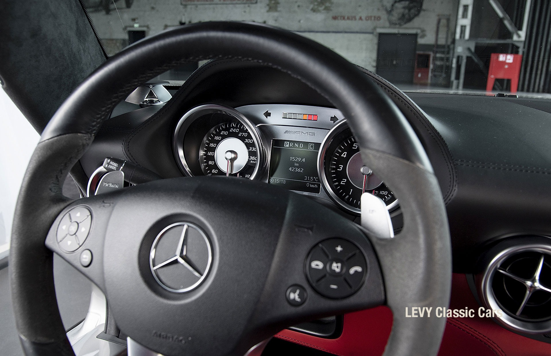 MB SLS AMG 6,3 Coupe 05633 121