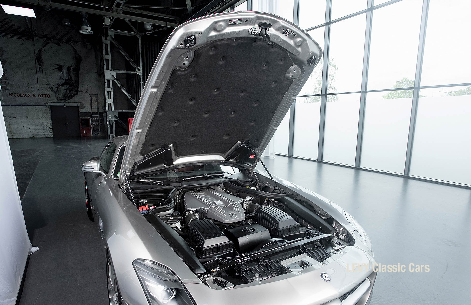 MB SLS AMG 6,3 Coupe 05633 136