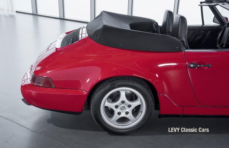 Porsche Rot 964 CC22631 021