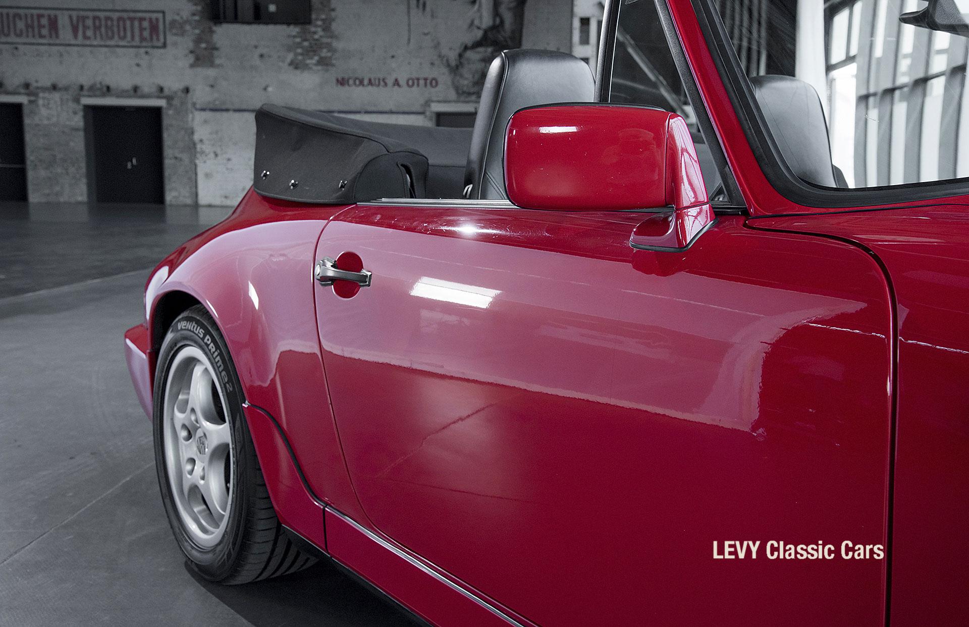 Porsche Rot 964 CC22631 026