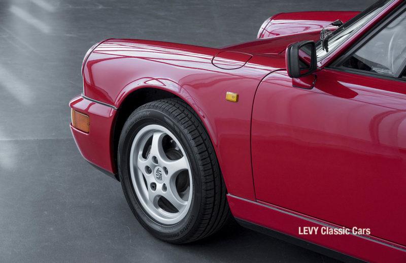 Porsche Rot 964 CC22631 030